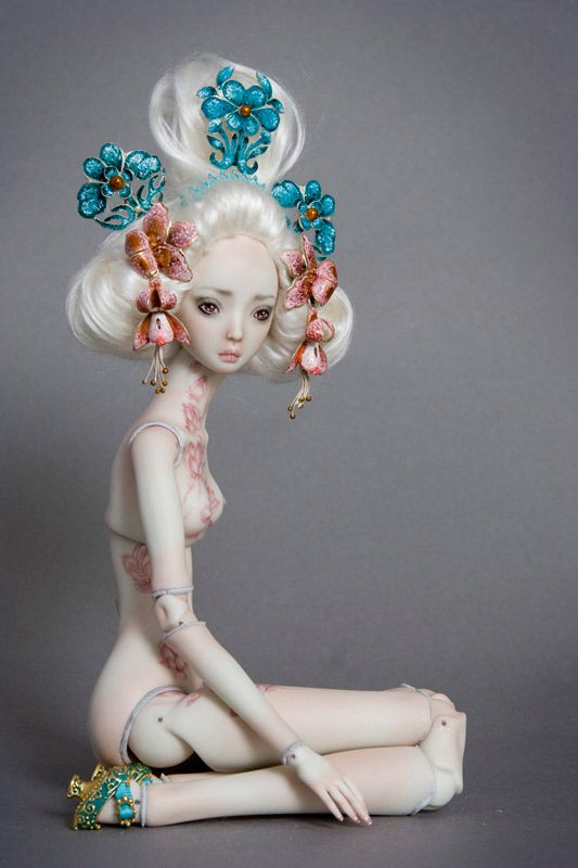 Porcelain Beauties
