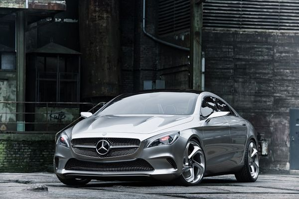 Luxury Mercedes-Benz Style Coupe Concept-07