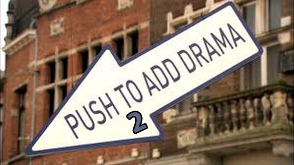 """Πατήστε το Κουμπί για λίγο """"Drama"""" 2"""