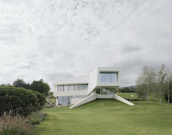 Φουτουριστική Βίλα από την Project A01 Architects