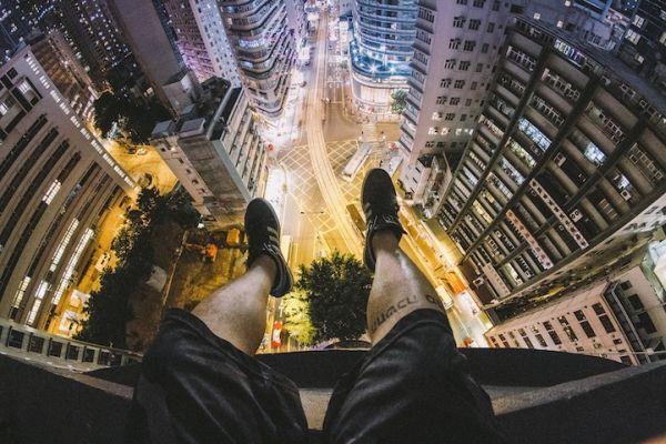 Νέο Rooftopping Show στο Παρίσι που θα σας Κόψει την Ανάσα
