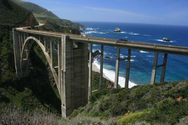 Οι πιο Συναρπαστικοί Αυτοκινητόδρομοι του Κόσμου