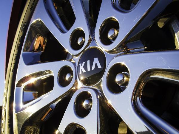 Το Νέο Ανανεωμένο Kia Sorento 2015