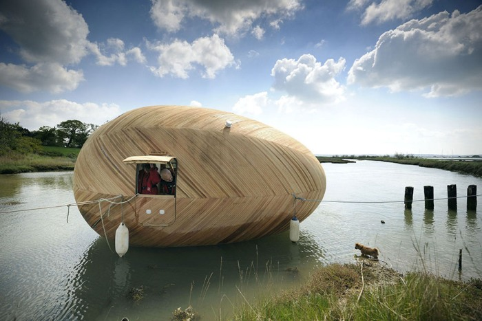 Το Πλωτό Σπίτι Σε Σχήμα Αυγού