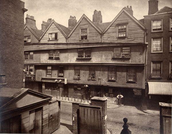 Φαντάσματα στο παλιό Λονδίνο