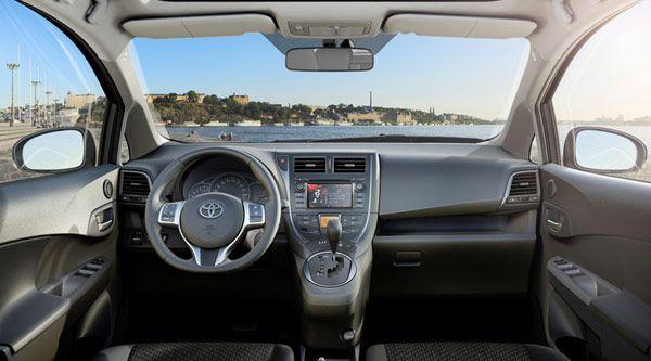 Νέα Τογιότα Βέρσο 2011 - Εαωτερικό Αυτοκινήτου