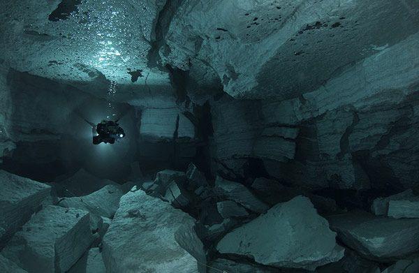 Υποθαλάσσια σπηλιά Orda στη Ρωσία