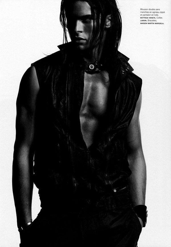 Baptiste Dzhiabikoni σε φωτογράφηση για το Lagerfeld