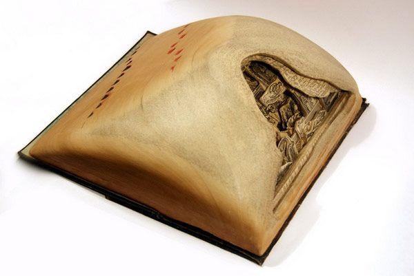 Brian Dettmer Τέχνη Βιβλίου