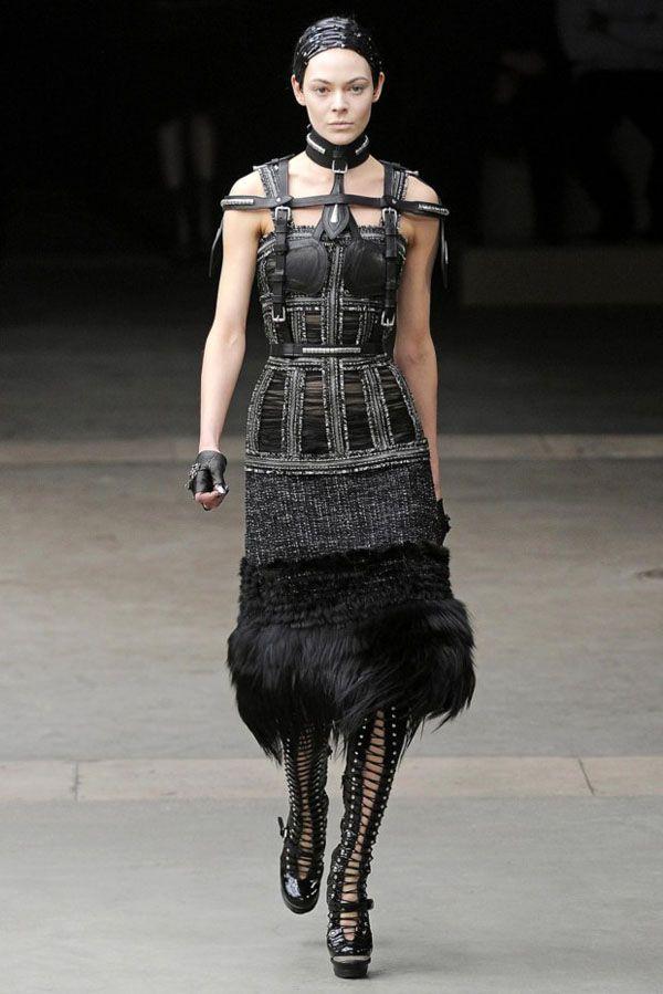 Fashion Alexander McQueen Paris