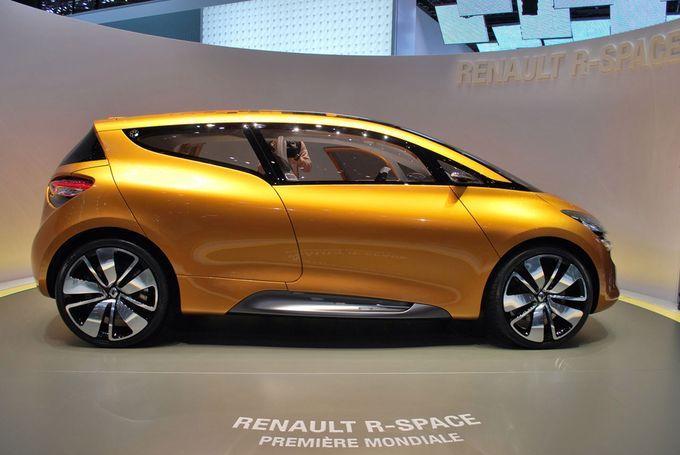 Geneva Motor Show 2011 - Renault R-Space