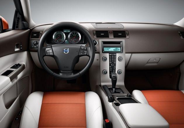 New Volvo XC30 - Σαλόνι Αυτοκινήτου