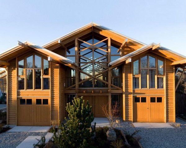 Villa Guscott Kemp in Canada