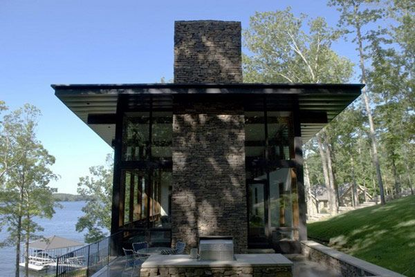 Villa Wurzburg Lakehouse in Tennessee