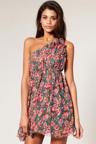 Τάσεις της μόδας για την Άνοιξη και το Καλοκαίρι του 2011