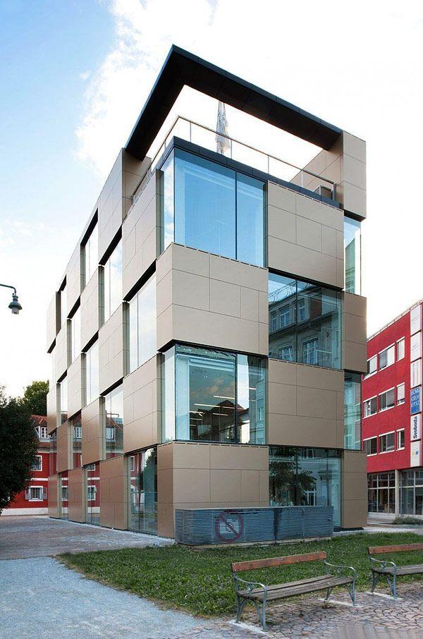 Creative Nikolaiplatz Building  by Atelier Thomas Pucher and Alfred Bramberger
