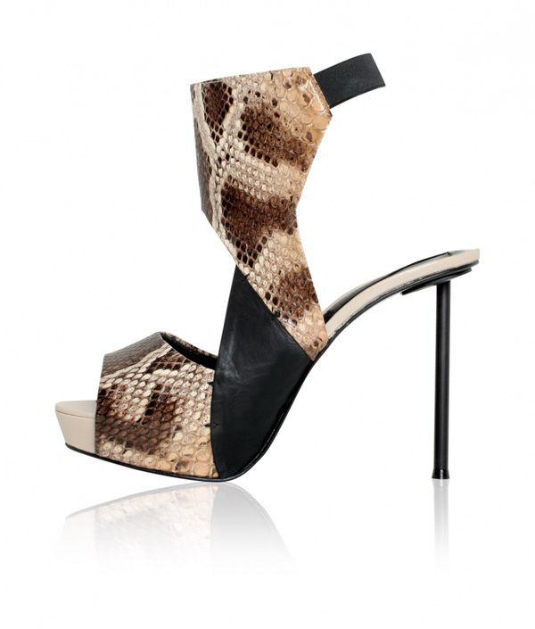 Footwear Ana Locking Spring-summer 2011