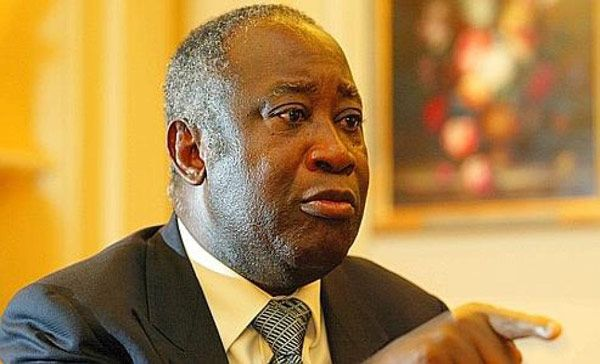 Ivory Coast - France says Gbagbo about to stand down