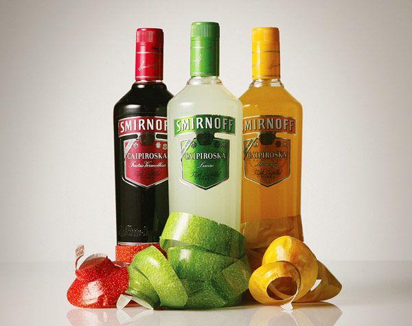Smirnoff Caipiroska Bottle από JWT