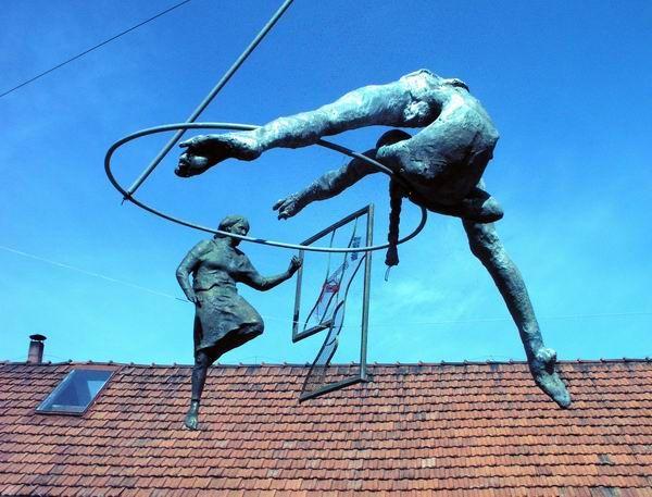 Γλυπτά από τον Jerzy Kedziora