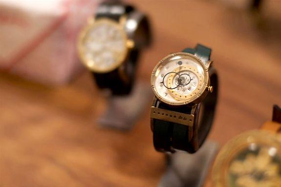 Μοναδικά ρολόγια από Dedegumo