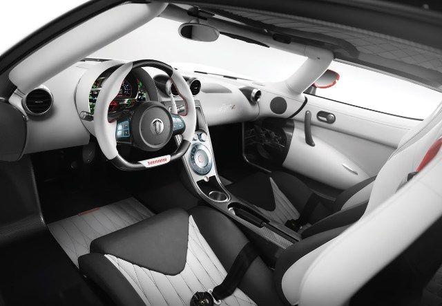 Koenigsegg Agera R - Σαλόνι Αυτοκινήτου