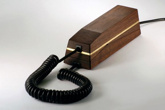 PAPA PHONE από την KIWI και POM