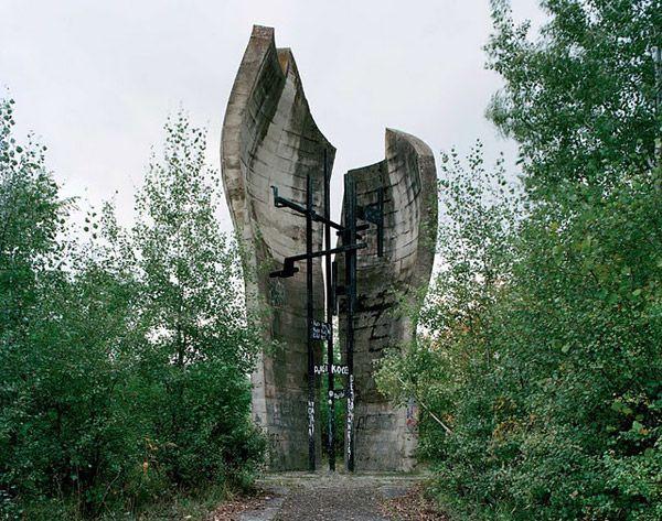 Τα ξεχασμένα μνημεία της Γιουγκοσλαβίας