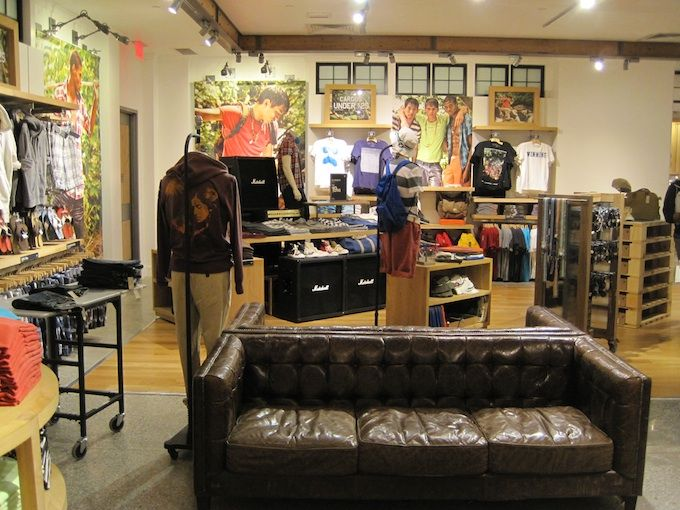 Συλλογή American Eagle Outfitters για το καλοκαίρι του 2011
