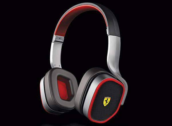 Συλλογή Ασκουστικών απο Ferrari και Logic3 - R200 black