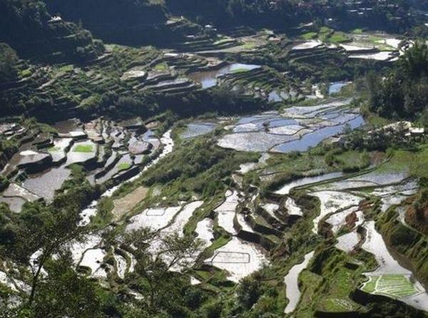 10 Πανέμορφα Μέρη που ίσως να μην Γνωρίζατε ότι Υπαρχουν - Φιλιππίνες