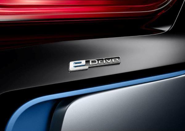 BMW i8 Concept Spyder-08
