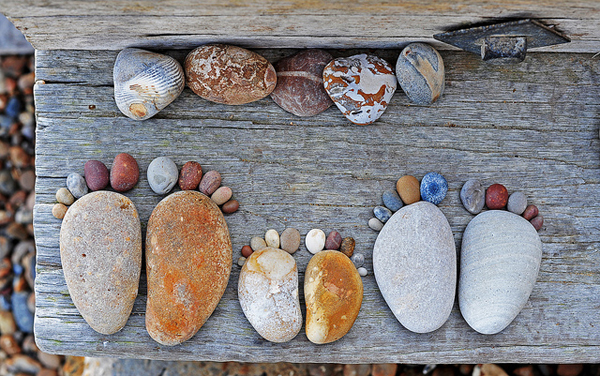 Stone Footprints by Iain Blake=01
