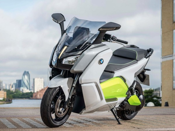 BMW C Evolution από ομάδα δίκυκλων της BMW