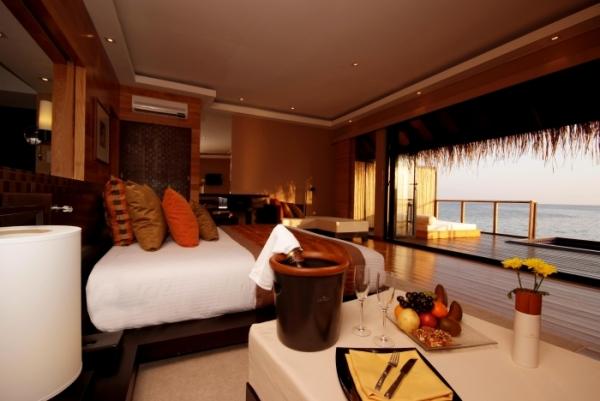 Paradise Island Resort & Spa –  Ξενοδοχείο στις Μαλβίδες