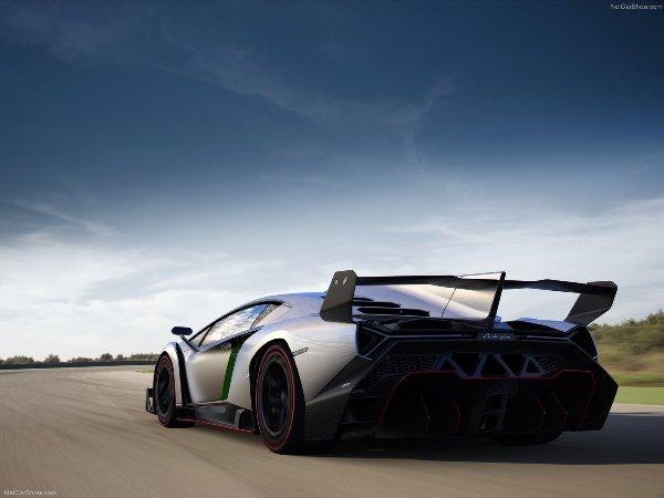 Το Σουπερ Αυτοκίνητο: Lamborghini Veneno