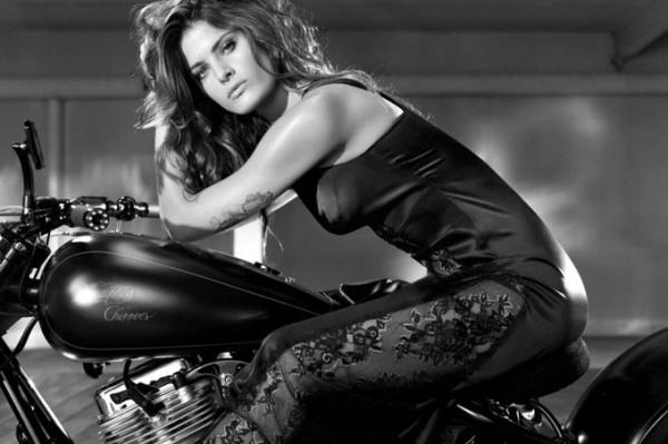 Η Isabeli Fontana στη διαφήμιση της Choppers Redemption