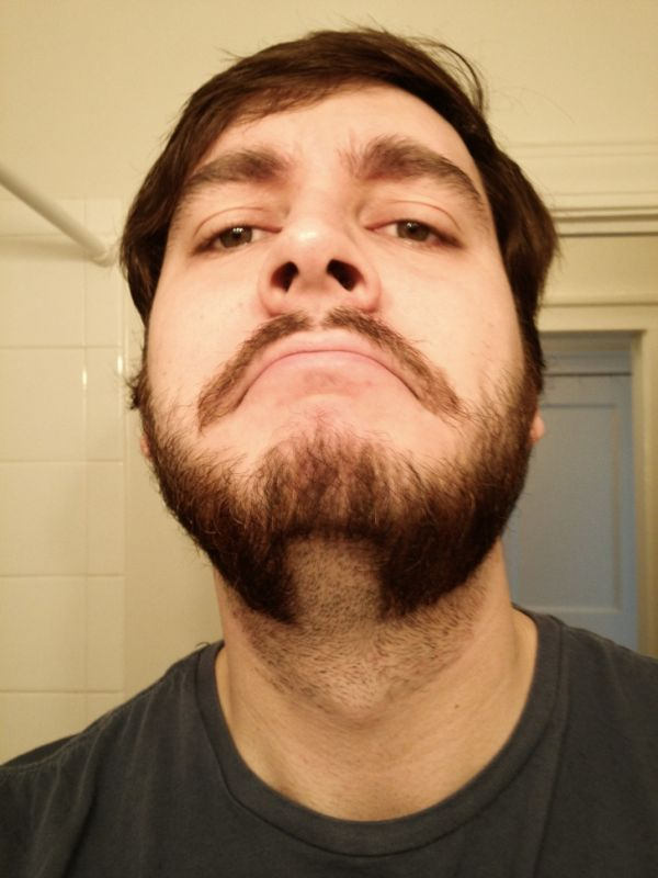 12-asteies-geniades-kai-moustakia-11