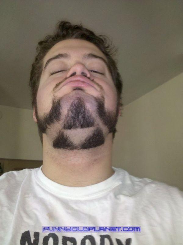 12-asteies-geniades-kai-moustakia-12