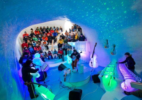 Μουσικά Όργανα Σκαλισμένα στον Πάγο